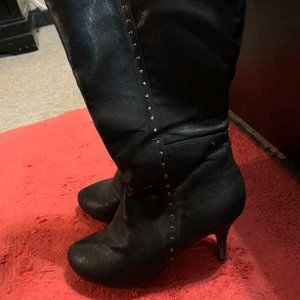 7w wide calf black knee studded boots